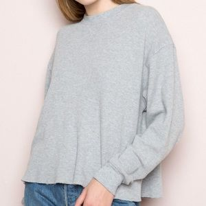 "BRANDY MELVILLE gray ""Laila Knit"" cropped sweater"